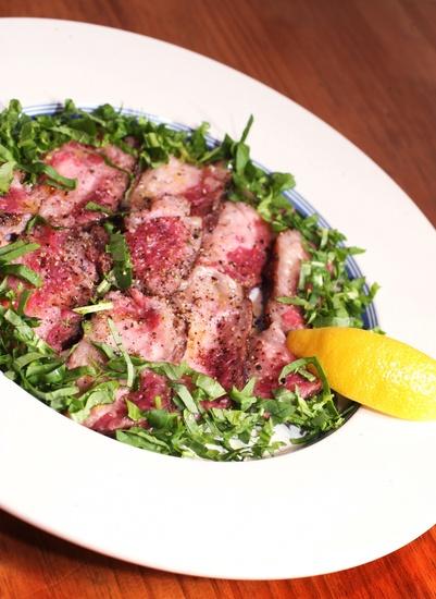 与牛肉、猪肉相媲美,醇香又松嫩的美味……济州马肉!