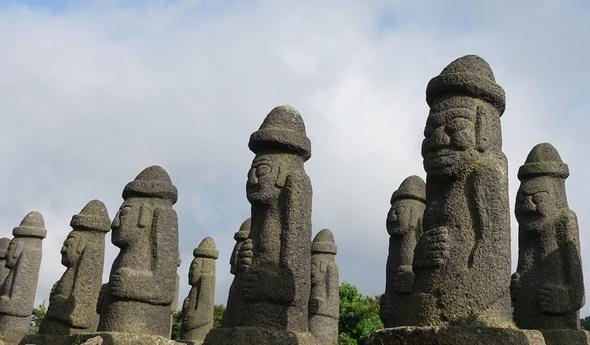 雪门台婆婆和五百将军巨石……渗透济州岛居民血泪的4•3城墙