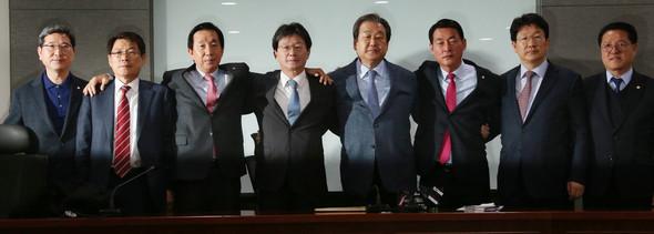 ニュース分析]二つに分裂した韓...