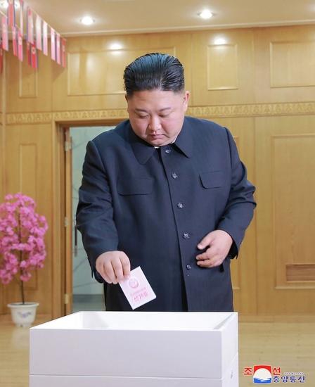 金正恩委員長、代議員選に出馬せず 議会の独立性を高める狙いか  [382383315]->画像>8枚