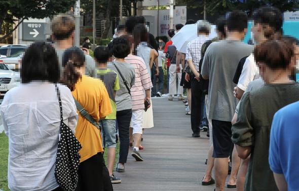 韓国、非首都圏の感染確認500人突破…疾病庁長「まだピークではない」