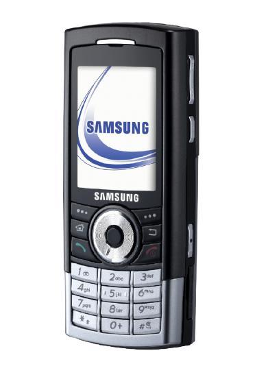 삼성전자가 세계 최대 용량인 8GB 하드디스크를 내장한 스마트폰 '슈퍼뮤직폰Ⅱ(SGH-i310)'을 개발했다.  세계 최초의 8GB HDD '슈퍼뮤직폰Ⅱ'는 오는 9일 독일 하노버에서 개막하는 세계 최대의 정보 통신전문 전시회 'CeBIT 2006'에서 처음으로 일반에 공개될 예정이다.(연합뉴스)