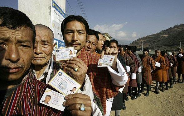 원로 경제학자가 본 부탄의 '행복 비결'은, 바로 이것! : 사회일반 : 사회 : 뉴스 : 한겨레