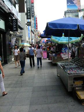 Downtown street vendors under stress