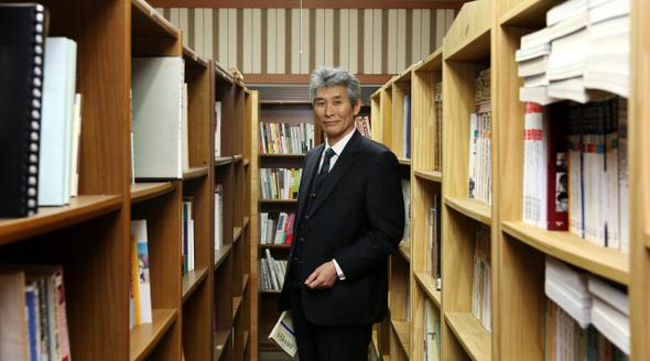 강준만 전북대 교수. 강재훈 선임기자 khan@hani.co.kr
