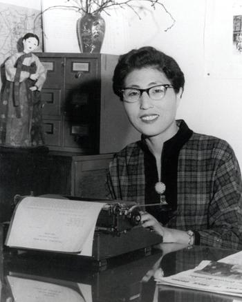 이희호는 모교 이화여대 부총장이자 와이연합회 회장이던 박마리아의 권유로 1959년 1월부터 연합회 초대 총무를 맡아 1962년 5월 김대중과 결혼한 뒤 그해 12월 그만둘 때까지 꼬박 4년간 의욕적으로 활동했다. 사진 김대중평화센터 제공