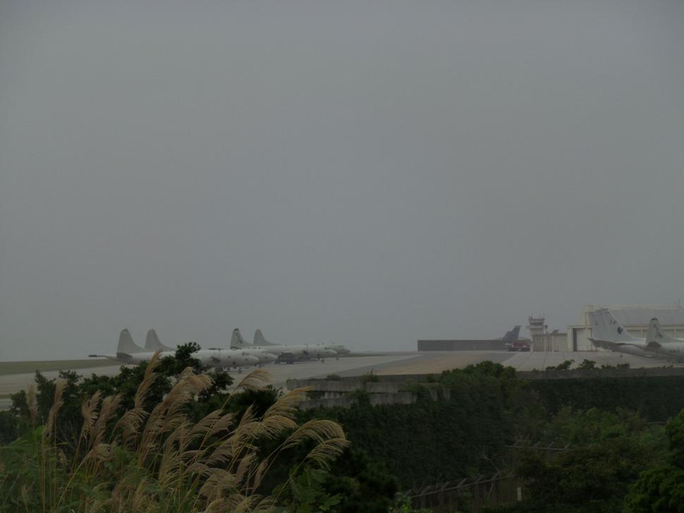 오키나와 나하 북쪽 차탄 인근에 있는 동아시아 최대의 미 공군기지 가데나.