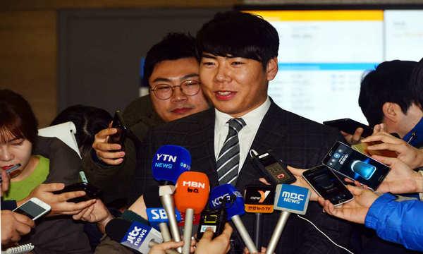 3. 피츠버그 파이어리츠와 4년 계약한 강정호의 연봉은?(환율은 2015년 8월10일 기준)