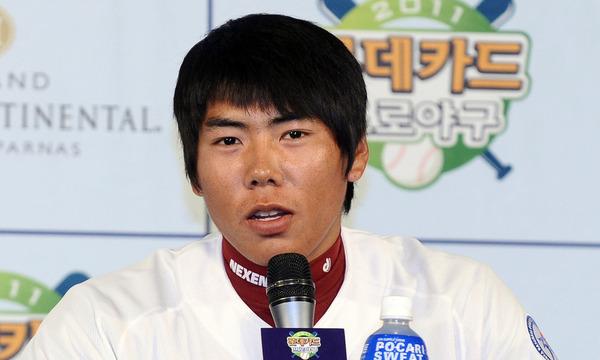 6. 2006년 현대 유니콘스 2차 1순위로 지명될 당시 강정호의 포지션은?