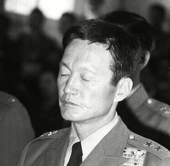 1973년 3월 보안사에 끌려가 비밀 군사재판에서 15년형을 받은 윤필용의 모습으로, 4월28일 언론에 공개됐다. 한겨레 자료사진