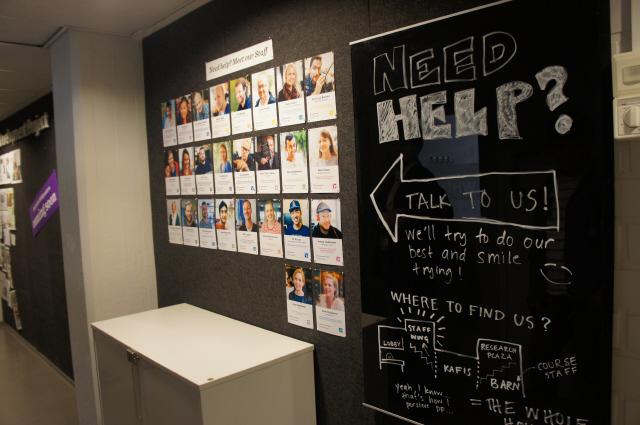 3. 알토디자인팩토리 직원들은 따로 정해진 자리 없이 자유롭게 공간을 사용한다. 조현경 한겨레경제사회연구원 연구위원