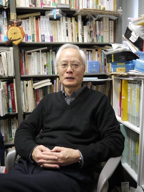 요시미 요시아키 주오대 교수. 사진 길윤형 특파원