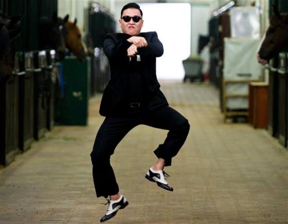 Psy and 2NE1 to perform via hologram at World Economic Forum
