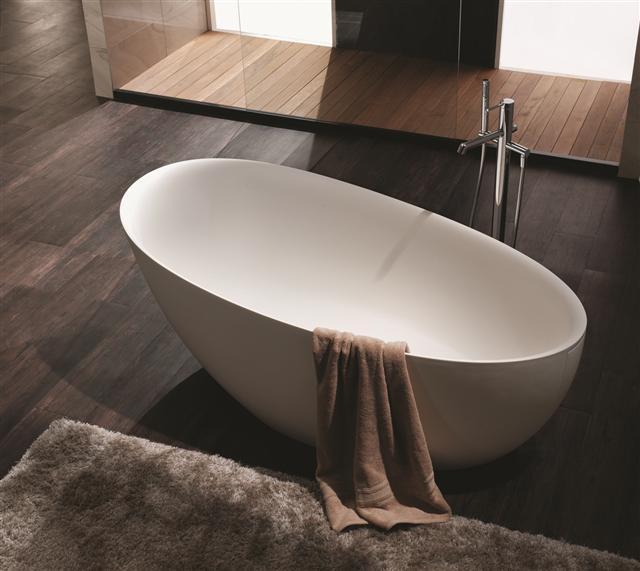 디자인의 완성도가 높은 독립형 욕조. 대림바스 제공