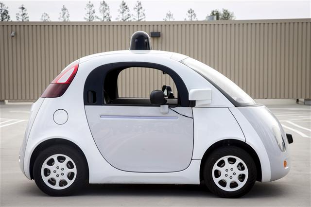 구글 자율주행차 자기과실로 '쾅' : IT : 경제 : 뉴스 : 한겨레