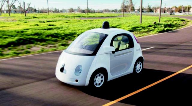 운전자가 사람이 아니라 소프트웨어인 시대가 다가온다. 구글의 자율주행차는 '자율주행 시스템'이 운전자를 보조하는 정도가 아니라 운전자를 대신하는 형태로 진화하고 있다. 구글 제공