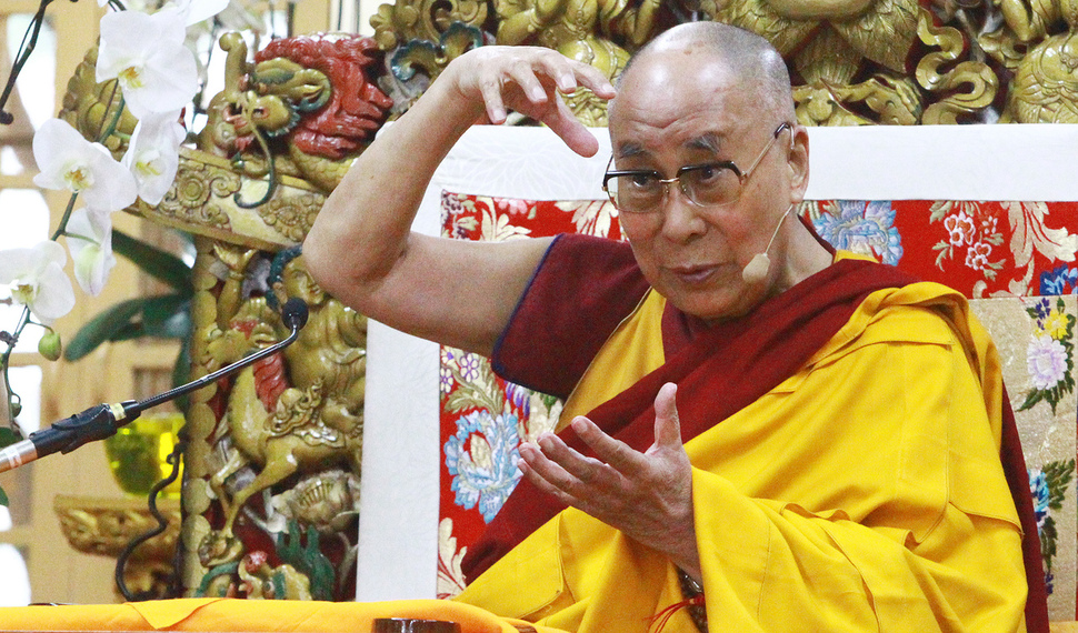 Dalai Lama asks how many more years before he can visit S