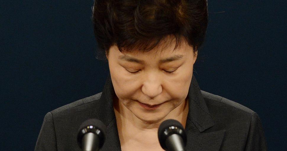 지지율 1%…'헬조선' 청춘들은 왜 박대통령에게 등 돌렸나
