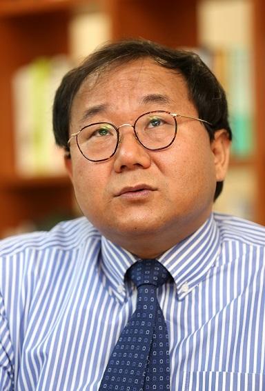 황상민 전 연세대 교수는 2008년부터 대중들의 심리를 통해 정치인의 이미지를 탐색하는 작업을 해왔다. 강재훈 선임기자 khan@hani.co.kr