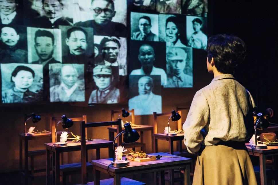 '임시정부의 며느리'로 불린 여성독립운동가 정정화 선생의 일대기를 그린 연극 <달의 목소리>가 18일까지 서울 대학로 알과핵 소극장 무대에 오른다. 사진 극단 독립극장 제공