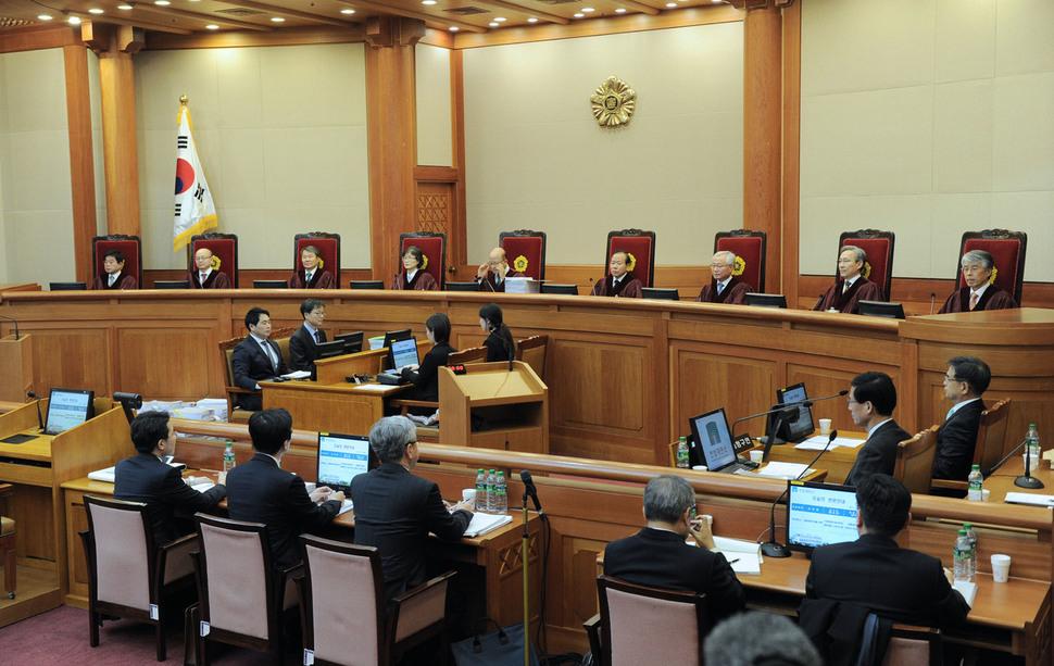 1월5일 오전 서울 종로구 재동 헌법재판소에서 박근혜 대통령 탄핵소추 사유와 관련해 사건의 2차 변론기일이 열렸다. 사진공동취재단