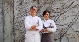 히라타 아쓰시(사진 왼쪽)와 이명희씨. 박미향 기자