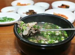 광주 화정동 '나주곰탕'의 곰탕. 박미향 기자