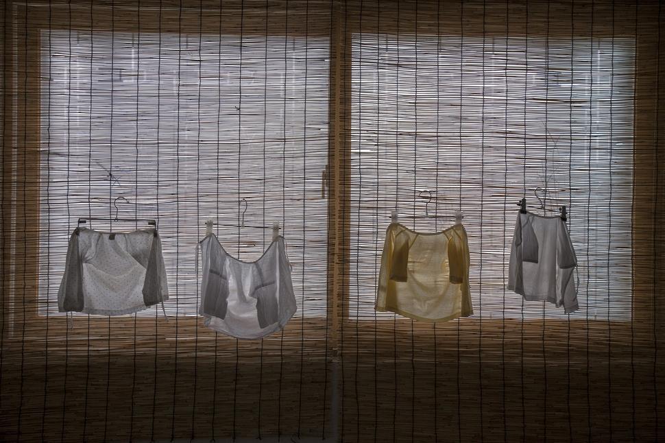 두리가 입을 옷들이 출생 4일 전(2015년 2월7일) 두리를 기다리고 있다. 두리 아빠 사진가 점좀빼