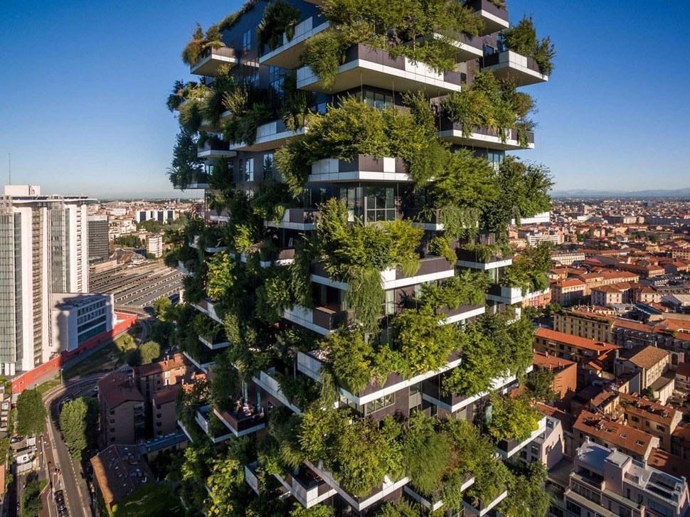 2014년 이탈리아 밀라노에 들어선 세계 최초의 수직숲 빌딩 '보스코 베르티칼레'( Bosco Verticale). 스테파노 보에리 건축 제공