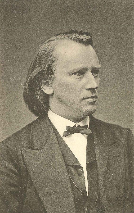 1875년 프리츠 루크하르트가 찍은 브람스의 사진.