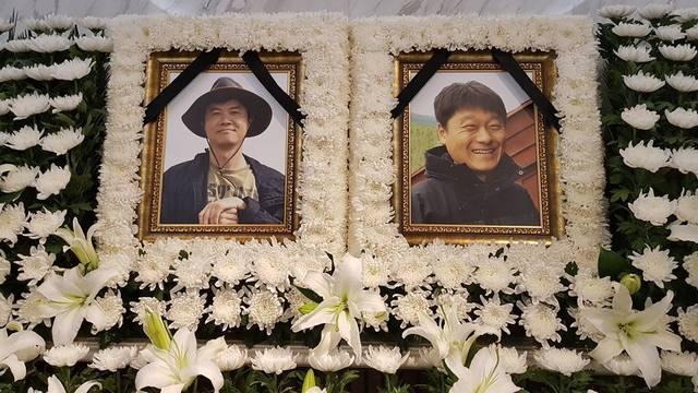 고 박환성 피디(왼쪽)와 김광일 피디의 모습. 한국독립피디협회 제공
