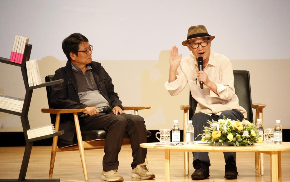 책을 품은 전주 한옥마을 : 전국 : 사회 : 뉴스 : 한겨레