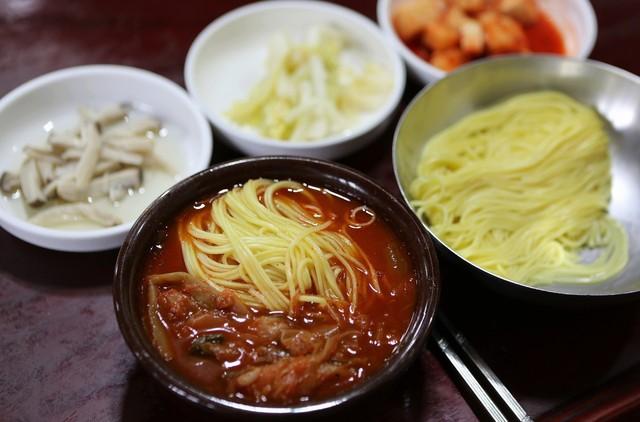대구 '진골목식당'의 육국수.