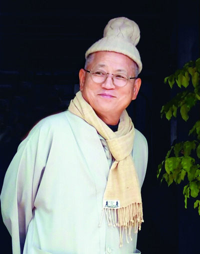 강화도 전등사 회주 장윤 스님.