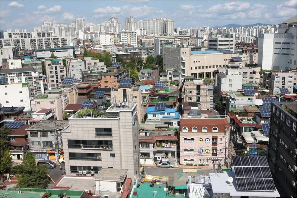 에너지자립마을로 태어난 서울 강동구 십자성마을 서울시 제공