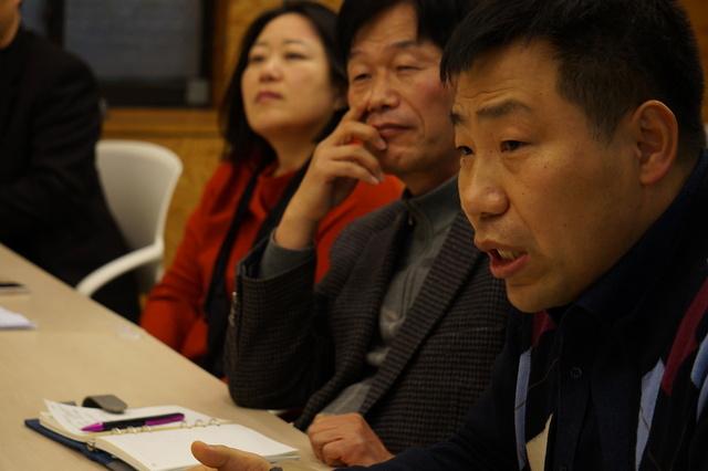 (왼쪽부터) 이은애 서울시사회적경제지원센터장, 박치득 은평사회적경제허브센터장, 윤전우 서울시도시재생지원센터 사무국장. 서울시사회적경제지원센터 제공