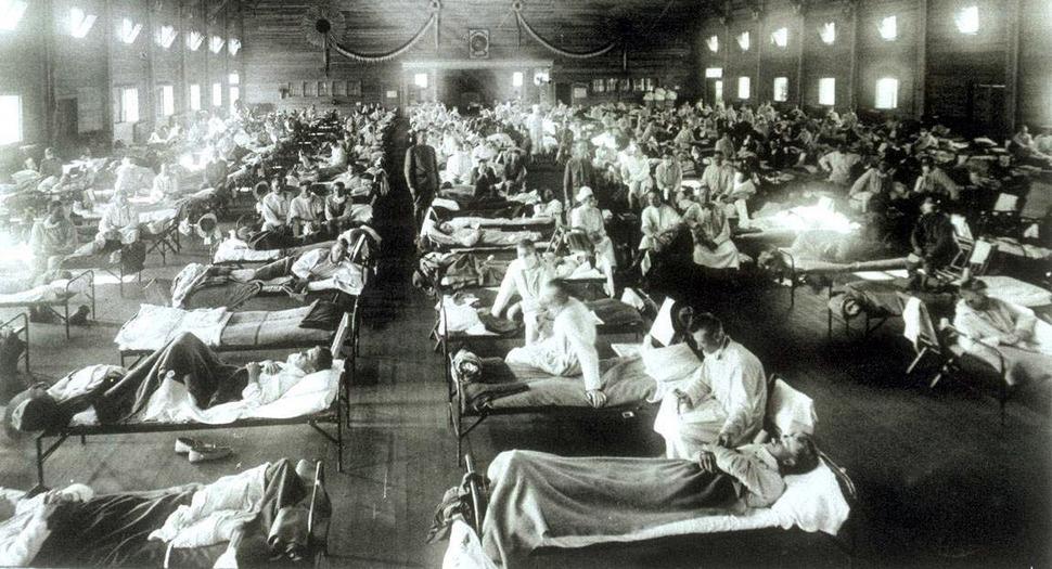 1918년 '스페인 독감' 환자를 격리 수용한 미국 캔자스주의 임시병동. 한겨레 자료 사진