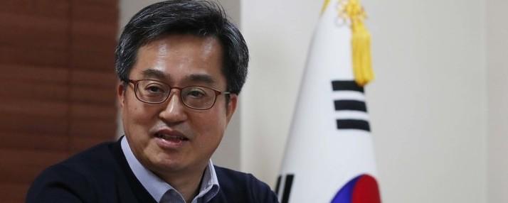 """[단독] 김동연 부총리 """"고가 1주택자도 보유세 인상 검토"""""""