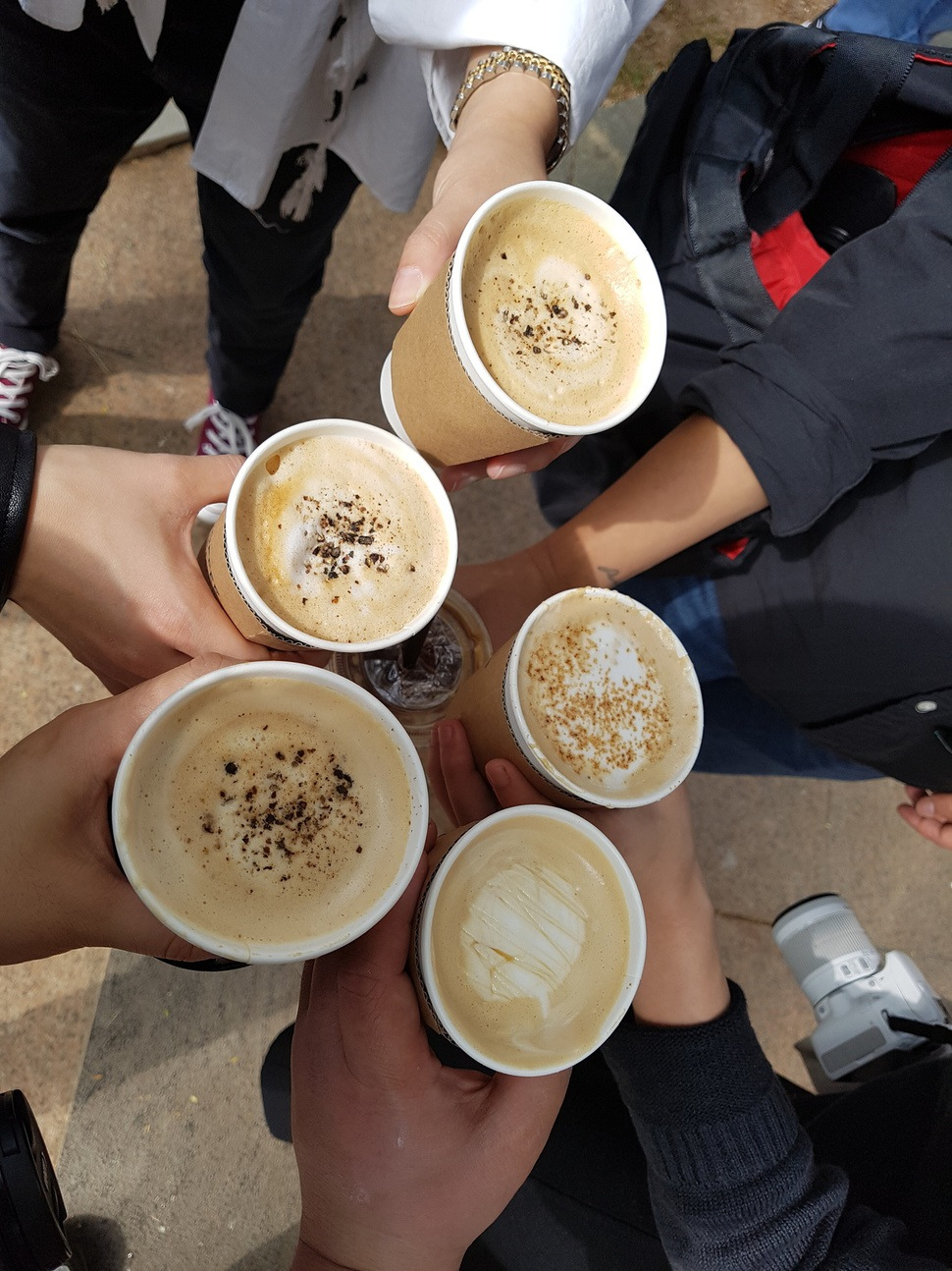 커피를 초·중·고등학교에서 팔지 못하도록 하는 어린이 식생활안전관리 특별법 일부 개정안이 국회 보건복지위원회를 통과했다. 앞으로 본회의를 통과하면 이르면 7월부터 이 법이 시행된다. <한겨레> 자료사진