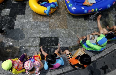 정부가 2022년까지 국공립 유치원 2600개 학급을 더 만들겠다고 12일 밝혔다. 한겨레 자료사진