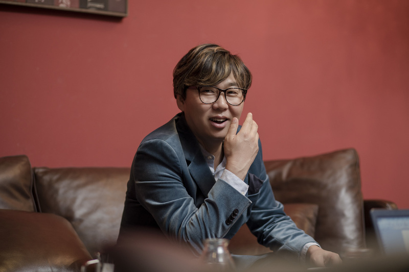 3월 말 13번째 음반이 나오는 가수 변진섭. 사진 윤동길(스튜디오 어댑터 실장)
