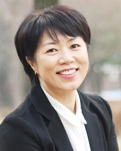 '마을 후보'로 더불어민주당 안산시의원 후보 공천 ì‹ì²을 한 이진경씨.