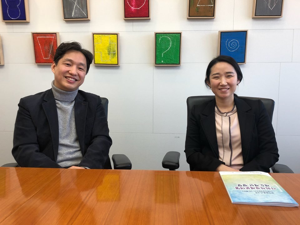 왼쪽부터 양동수 사회적경제 법센터 대표, 이희숙 재단법인 동천 상임변호사