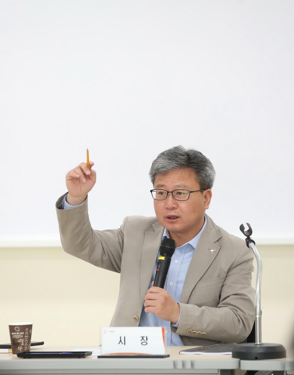 채인석 경기 화성시장.