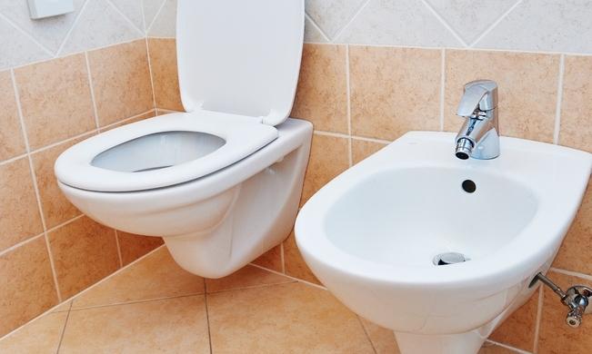 """""""고객용"""" 이유로 노동자 화장실 이용금지 안된다"""