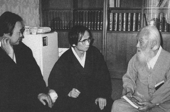 함석헌, 한승헌 변호사(가운데)와 함께한 문대골 목사(맨왼쪽). 문대골 목사 제공
