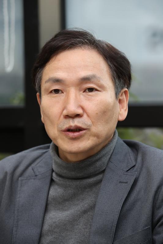 김영수 산업연구원 국가균형발전연구센터 센터장. 김봉규 선임기자 bong9@hani.co.kr