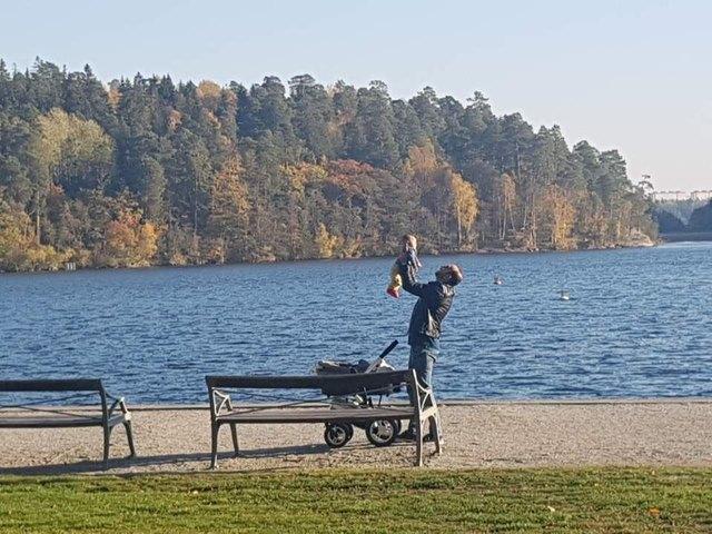 스웨덴에서는 육아휴직 중인 아빠가 유모차를 끌고 나와 카페에서 라테를 마시고, 공원에서 아이와 노는 모습을 쉽게 볼 수 있다. 이른바 '라테 파파'다. 한국언론진흥재단 연수 기자단 제공