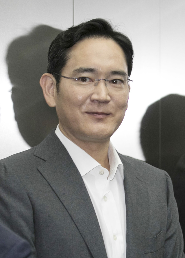 Chairman Lee's family increases ownership of Samsung
