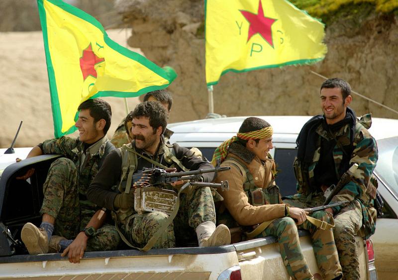 시리아 내전에서 이슬람국가(IS) 격퇴전의 선봉에 섰던 쿠르드족 민병대인 인민수비대(YPG) 전사들의 모습. 출처 FLICKR
